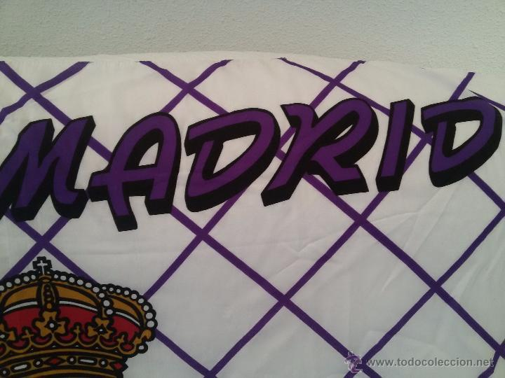 Coleccionismo deportivo: ESPECTACULAR BANDERA DEL REAL MADRID-136X95 CM - Foto 3 - 150836224