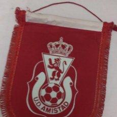 Coleccionismo deportivo: BANDERIN FUTBOL U.D. AMISTAD ZARAGOZA FIRMADO POR LA PLANTILLA. Lote 55338356