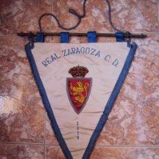 Coleccionismo deportivo: (F-1680)BANDERIN BORDADO DEL REAL ZARAGOZA F.C.AÑO 1970 , MATCH WORN. Lote 57485872
