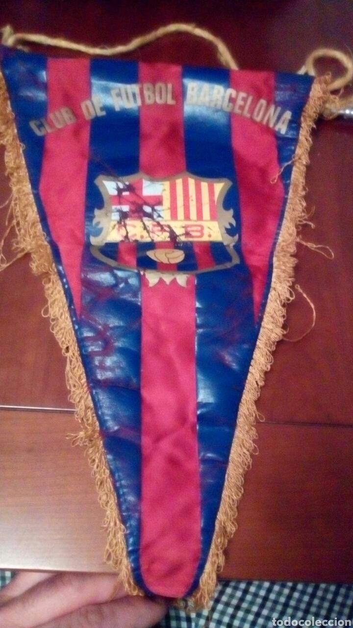 BANDERÍN DEL F BARCELONA PRINCIPIO AÑOS 70 ORIGINAL. (Coleccionismo Deportivo - Banderas y Banderines de Fútbol)