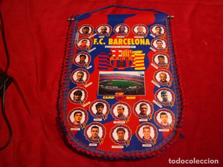 BANDERIN BARCELONA 96 97 196 1997 45 CM X 32 CM (Coleccionismo Deportivo - Banderas y Banderines de Fútbol)