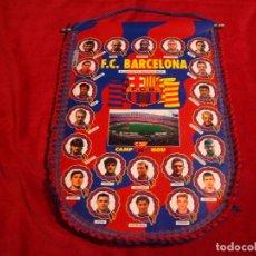 Coleccionismo deportivo: BANDERIN BARCELONA 96 97 196 1997 45 CM X 32 CM. Lote 67050542