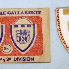 Coleccionismo deportivo: BANDERÍN FÚTBOL CF MÁLAGA SOBRE GALLARDETE. Lote 153213409