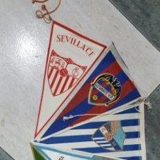 Coleccionismo deportivo: 5 BANDERINES EQUIPOS DE FUTBOL. Lote 71683695