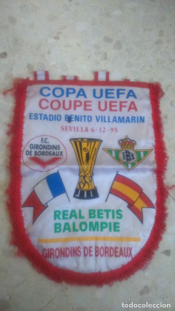 BANDERIN REAL BETIS-GIRONDINS BURDEOS.06/12/1995.UEFA.¡¡¡CON AUTOGRAFOS!!! (Coleccionismo Deportivo - Banderas y Banderines de Fútbol)