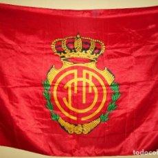 Coleccionismo deportivo: BANDERA DEL REAL CLUB DEPORTIVO MALLORCA. Lote 75523459