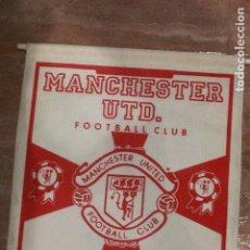 Coleccionismo deportivo: MANCHESTER UNITED, GRAN BANDERÍN DE FUTBOL, THE RED DEVILS, 39X28CM. Lote 75985691