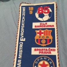 Coleccionismo deportivo: BANDERIN CLUB DE FUTBOL BARCELONA SPARTA CKD PRAHA BARÇA 1985. Lote 161288310