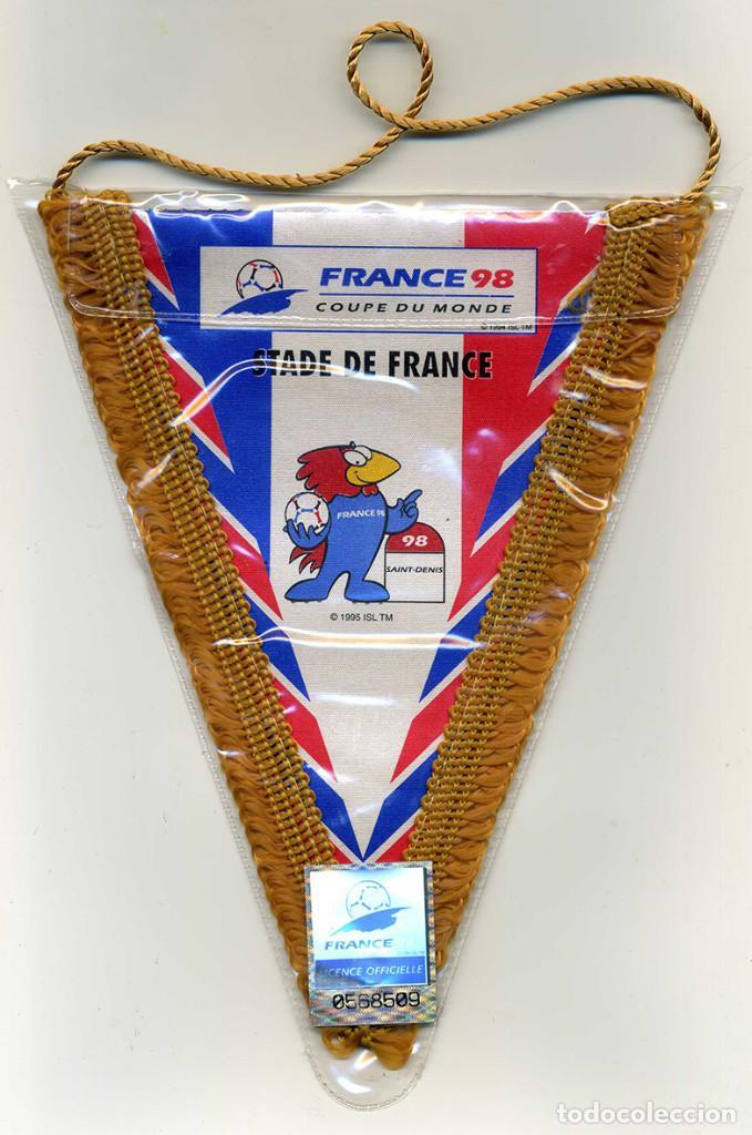 Coleccionismo deportivo: 2 BANDERINES MUNDIAL FRANCE 98. CAMPEON y SUBcampeón. 18 X 15CM. PRODUCTO LICENCIADO. VER FOTOS - Foto 3 - 78206517