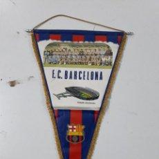 Coleccionismo deportivo: BANDERÍN ANTIGUO FC BARCELONA VINTAGE. Lote 78952705