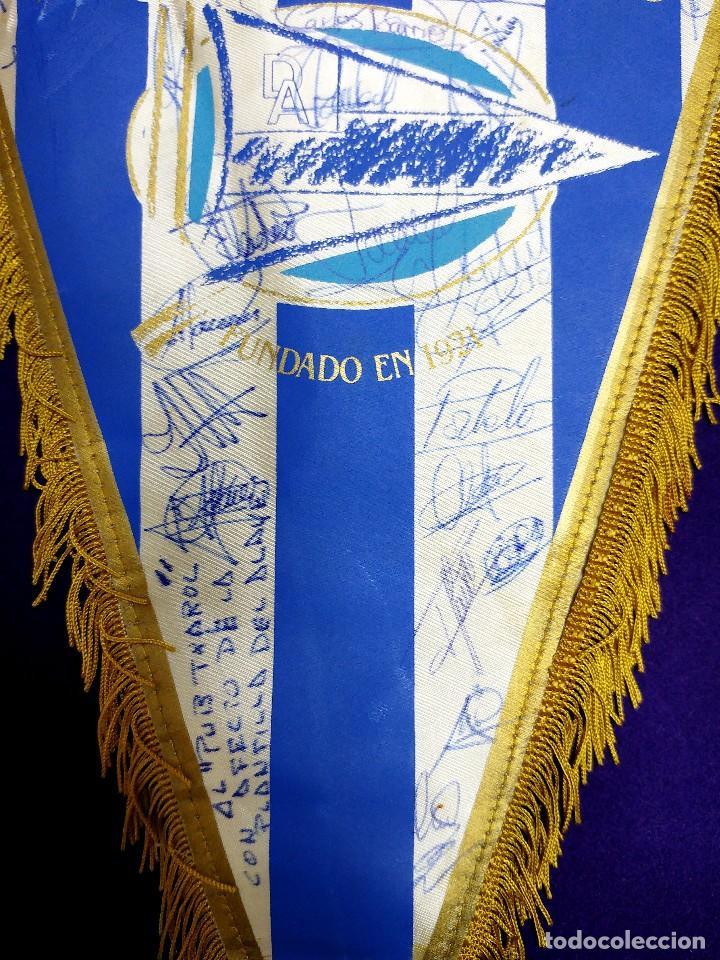 Coleccionismo deportivo: ANTIGUO BANDERIN DEL DEPORTIVO ALAVES. FIRMADO POR LA PLANTILLA 1991-1992. FUTBOL. AUTOGRAFO. FIRMAS - Foto 3 - 79764225