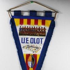 Coleccionismo deportivo: BANDERIN FUTBOL U.E. OLOT. Lote 84319604