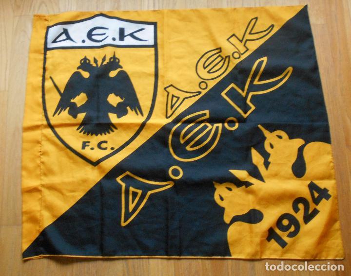 BANDERA AEK DE ATENAS, FUTBOL (Coleccionismo Deportivo - Banderas y Banderines de Fútbol)