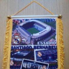 Coleccionismo deportivo: BANDERIN REAL MADRID SANTIAGO BERNABEU. Lote 86396528