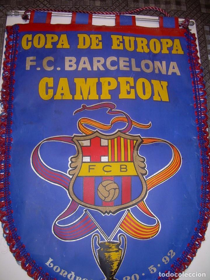 BANDERIN ..F.C. BARCELONA...CAMPEON EUROPA COPA 1.992 (Coleccionismo Deportivo - Banderas y Banderines de Fútbol)