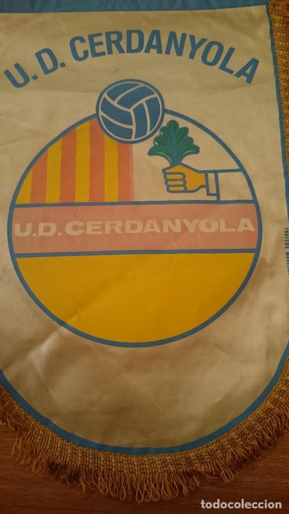 Coleccionismo deportivo: BANDERIN U.D. CERDANYOLA - Foto 2 - 94127620