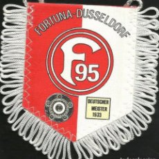 Coleccionismo deportivo: ANTIGUO BANDERIN DEL CLUB DE FUTBOL FORTUNA - DUSSELDORF DE ALEMANIA. Lote 97213979