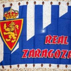 Coleccionismo deportivo: BANDERA ANTIGUA REAL ZARAGOZA. FÚTBOL. GRAN FORMATO!! EXCELENTE ESTADO. Lote 98163143