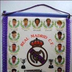 Coleccionismo deportivo: BANDERINES REAL MADRID 42X30. Lote 98029011
