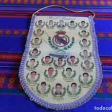 Coleccionismo deportivo: BANDERÍN REAL MADRID 1994 1995 94 95 CAMPEÓN DE LIGA. GRAN TAMAÑO 40X20 CMS APROX. . Lote 99424955