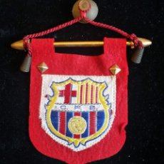Coleccionismo deportivo: ANTIGUO BANDERÍN DE COCHE FC BARCELONA. Lote 99875647