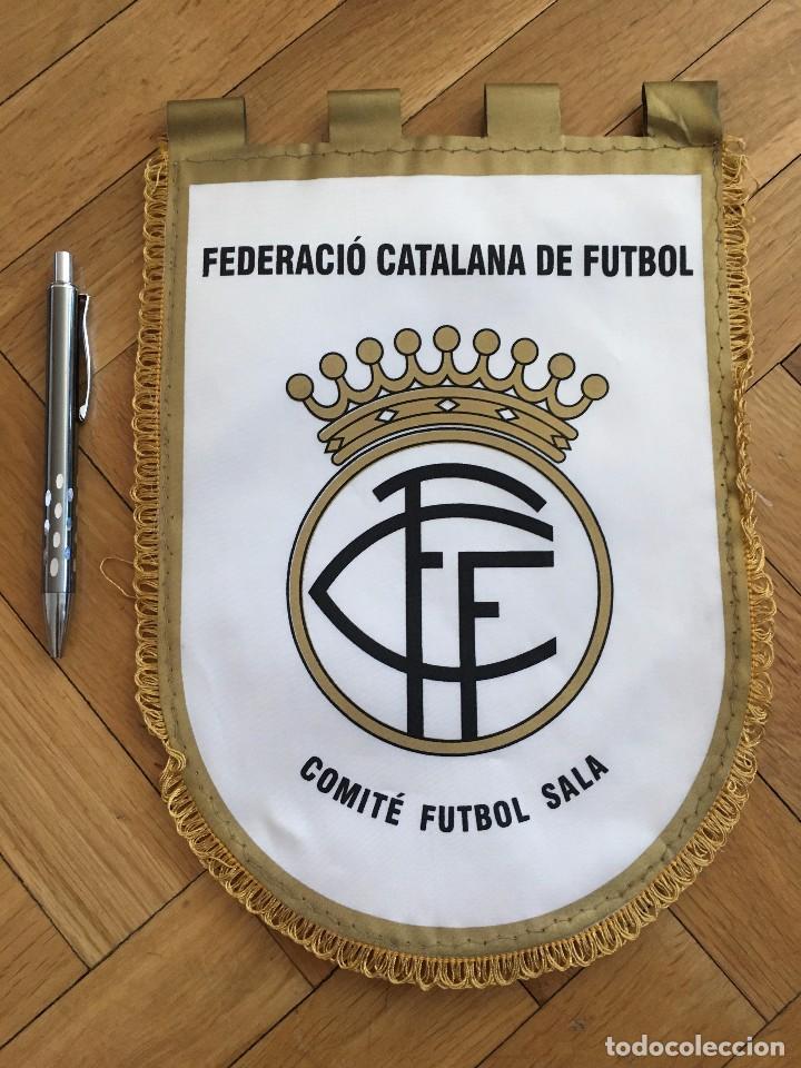 CJ BANDERIN ORIGINAL FEDERACION CATALANA DE FUTBOL COMITE FUTBOL SALA (Coleccionismo Deportivo - Banderas y Banderines de Fútbol)