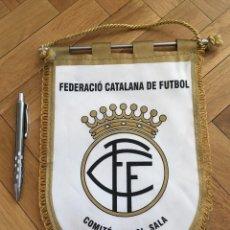 Coleccionismo deportivo: CJ BANDERIN ORIGINAL FEDERACION CATALANA DE FUTBOL COMITE FUTBOL SALA 2. Lote 102399591