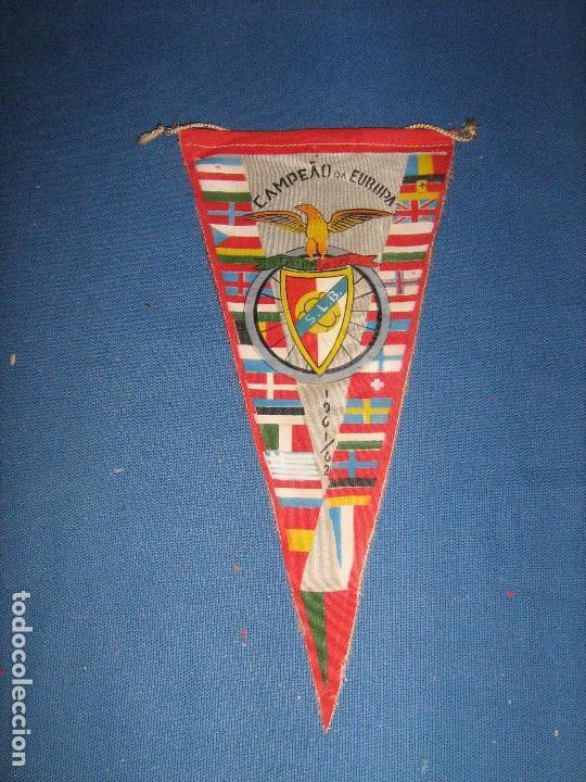 RARISIMO BANDERIN DEL CAMPEONATO DE EUROPA DE 1961/1962 1961/62 - ACTUAL COPA DE EUROPA (Coleccionismo Deportivo - Banderas y Banderines de Fútbol)