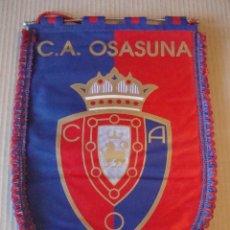 Coleccionismo deportivo: ANTIGUO BANDERIN C. A. OSASUNA. Lote 106626143