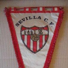 Coleccionismo deportivo: ANTIGUO BANDERIN SEVILLA C. F.. Lote 106626363