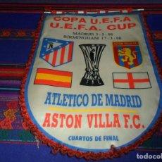 Coleccionismo deportivo: BANDERÍN CLUB ATLÉTICO DE MADRID ASTON VILLA CUARTOS DE FINAL COPA UEFA 1998. DE TELA. MUY RARO.. Lote 107915387