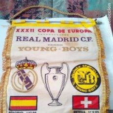 Coleccionismo deportivo: BANDERIN COPA DE EUROPA REAL MADRID YOUNG BOYS. Lote 110090115