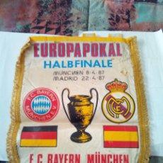 Coleccionismo deportivo: BANDERIN EUROPAPOKAL REAL MADRID BAYERN MUNCHEN. Lote 110090375