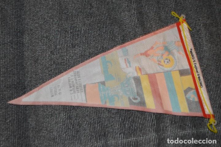 Coleccionismo deportivo: ANTIGUO BANDERÍN - XI TORNEO INTERNACIONAL DE FÚTBOL COSTA DEL SOL 1971 - VINTAGE - ANTIGUO - Foto 2 - 209943315