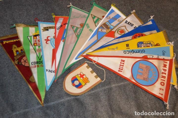 LOTE DE 13 BANDERINES ANTIGUOS - CLUBES DE FÚTBOL - ORIGINALES - BARCELONA, BETIS, MALAGA, CELTA... (Coleccionismo Deportivo - Banderas y Banderines de Fútbol)