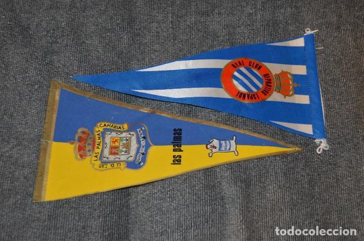 Coleccionismo deportivo: LOTE DE 13 BANDERINES ANTIGUOS - CLUBES DE FÚTBOL - ORIGINALES - BARCELONA, BETIS, MALAGA, CELTA... - Foto 10 - 112925247