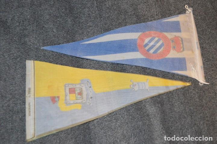 Coleccionismo deportivo: LOTE DE 13 BANDERINES ANTIGUOS - CLUBES DE FÚTBOL - ORIGINALES - BARCELONA, BETIS, MALAGA, CELTA... - Foto 11 - 112925247