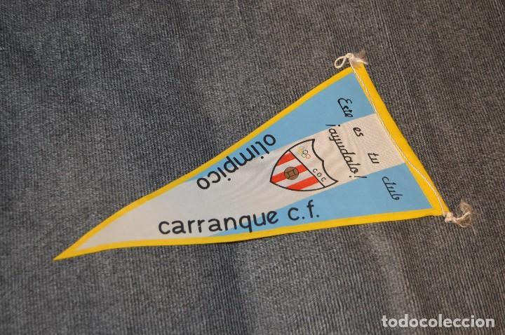 Coleccionismo deportivo: LOTE DE 13 BANDERINES ANTIGUOS - CLUBES DE FÚTBOL - ORIGINALES - BARCELONA, BETIS, MALAGA, CELTA... - Foto 12 - 112925247