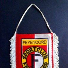 Coleccionismo deportivo: BANDERIN ANTIGUO-CLUB DE FUTBOL-FEYENOORD-ROTTERDAM (10,5CM. X 8,5CM.) DESCRIPCIÓN. Lote 114762267