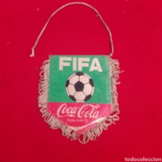 Coleccionismo deportivo: BANDERIN FIFA COCACOLA. Lote 114774078