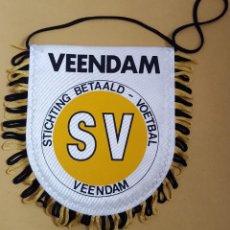 Coleccionismo deportivo: ANTIGUO BANDERIN - SV VEENDAM HOLANDA. Lote 115146031