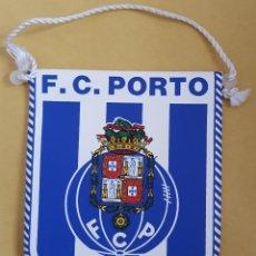 Coleccionismo deportivo: ANTIGUO BANDERIN - F.C. OPORTO PORTUGAL. Lote 115146171