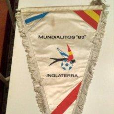 Coleccionismo deportivo: BANDERIN DE LA SELECCION DE INGLATERRA EN EL MUNDIAL DE LA EMIGRACION DE 1983. Lote 118024451