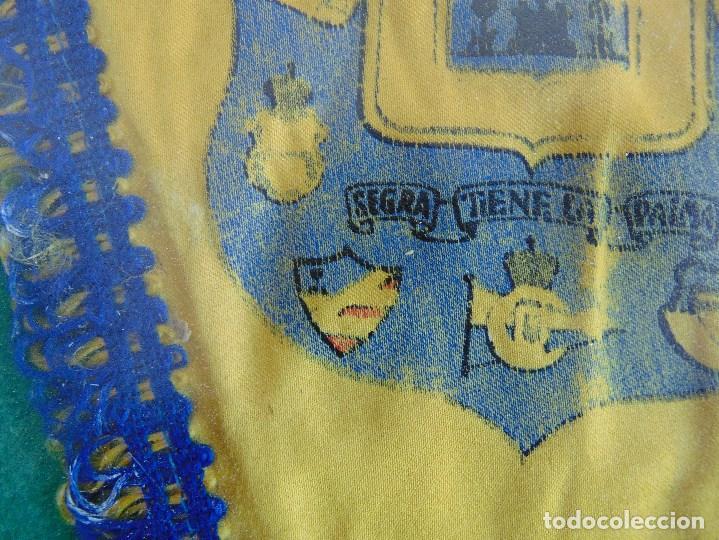 Coleccionismo deportivo: BANDERIN ENMARCADO DE LA UNION DEPORTIVA LAS PALMAS FIRMADO POR VARIOS FUTBOLISTAS - Foto 8 - 118284371