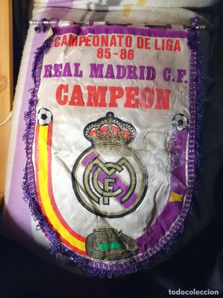 CAMPEONATO DE LIGA 85-86. REAL MADRID C.F. CAMPEON. (Coleccionismo Deportivo - Banderas y Banderines de Fútbol)