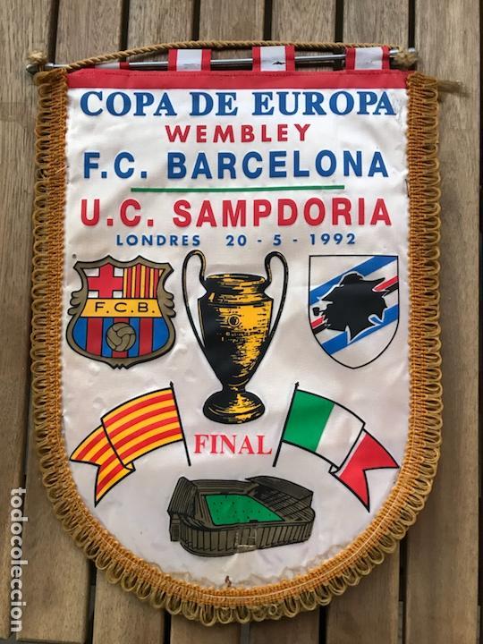 BANDERÍN BARCELONA COPA DE EUROPA WEMBLEY LONDRES 1992 SAMPDORIA (Coleccionismo Deportivo - Banderas y Banderines de Fútbol)