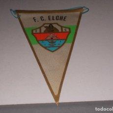 Coleccionismo deportivo: BANDERÍN F.C. ELCHE, MIDE 26 CM. DE LARGO. Lote 126582591