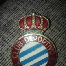 Coleccionismo deportivo: PLACA PARA COCHE FUTBOL REAL CLUB DEPORTIVO ESPAÑOL AÑOS 60. Lote 127973226
