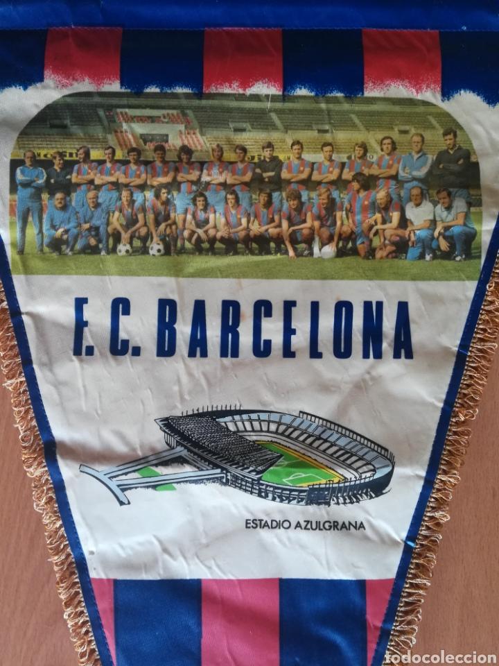Coleccionismo deportivo: Banderin grande FC Barcelona Estadio Camp Nou Pequeño historial - Cruyff - fútbol Barça culé - Foto 2 - 128142104
