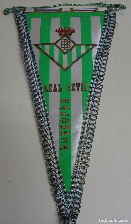 BANDERÍN FÚTBOL. AÑOS 70. REAL BETIS BALOMPIÉ. 39 X 21 CM. (Coleccionismo Deportivo - Banderas y Banderines de Fútbol)